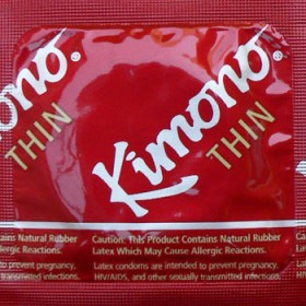 Kimono® Thin Regular Lubricated Condoms in Case of 1000